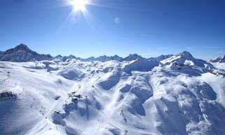 http___www.les2alpes.com_images_info_pages_paysage-les-2-alpes-en-hiver-12-bruno-longo-499