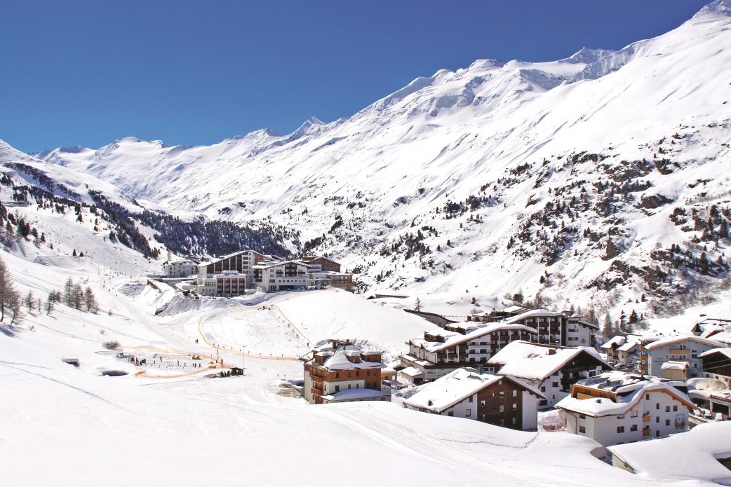 Ski Total | The resort of Obergurgl in winter