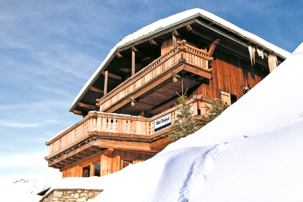 Ski Total | Exterior view of the chalet Ramo