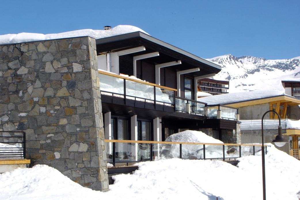 Ski Total | Exterior view of the chalet Arktic