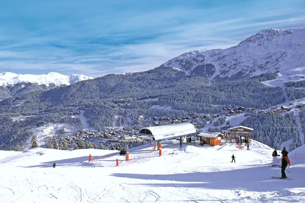 Ski Total   Meribel ski lifts and piste