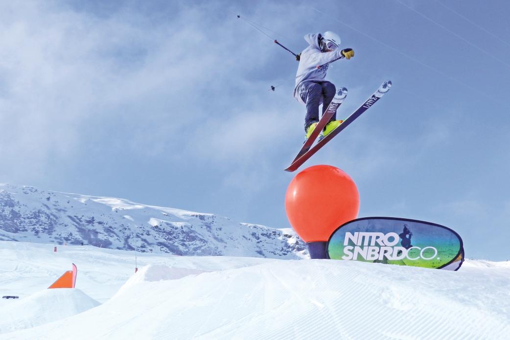 Ski Total   Skier tricks in the Meribel snowpark