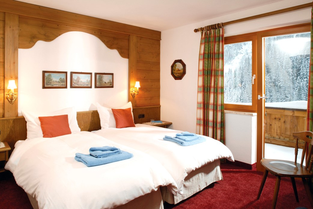 Ski Total | A typical bedroom in the chalet Aitken