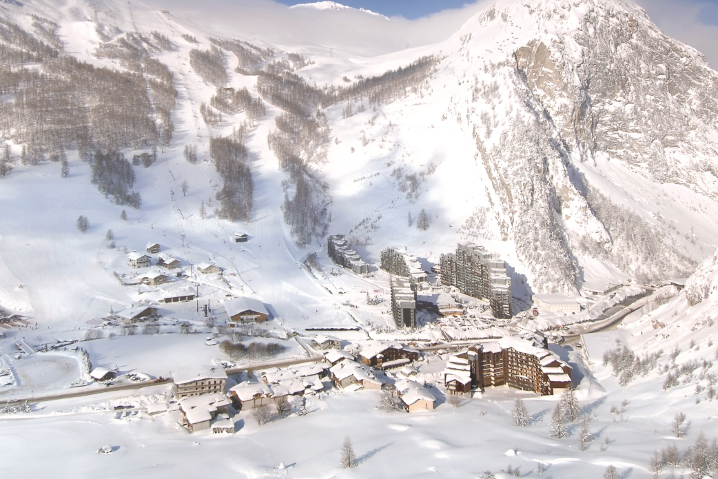 Ski Total | A birdseye view of La Daille, Val D'Isere