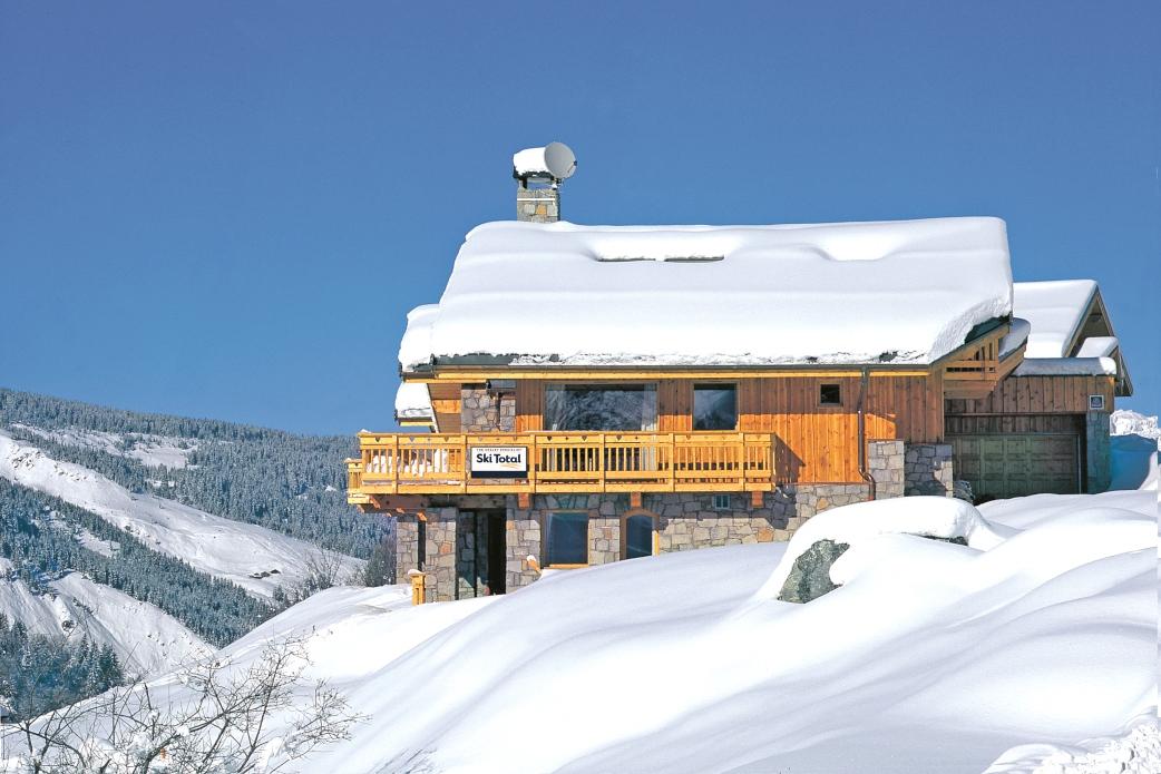 Ski Total   Exterior view of the chalet Mélèze Doré
