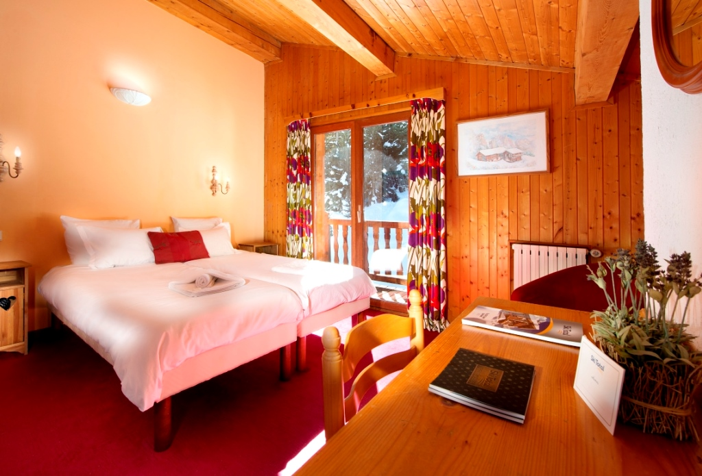 Ski Total | Chalet Chenus typical bedrooom