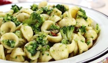 Ski Total | Vegetarian pasta with Brocoli