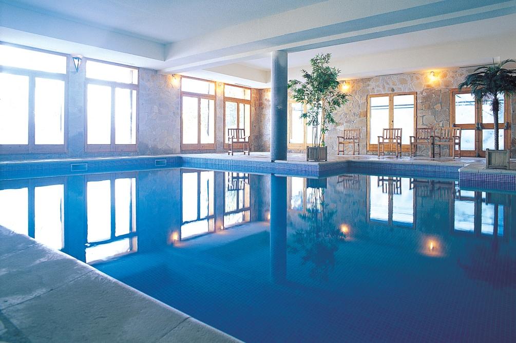 Ski Total | Altitude residence pool