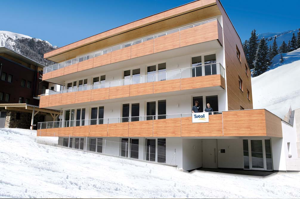 Ski Total   Exterior of the Mountain Star Chalets