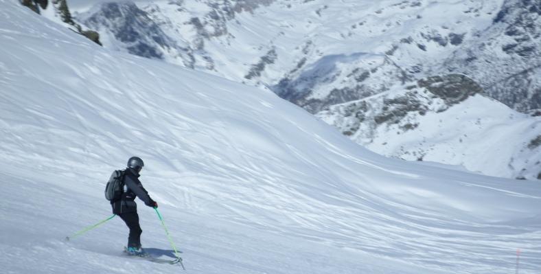 Single Traveller Ski Deals