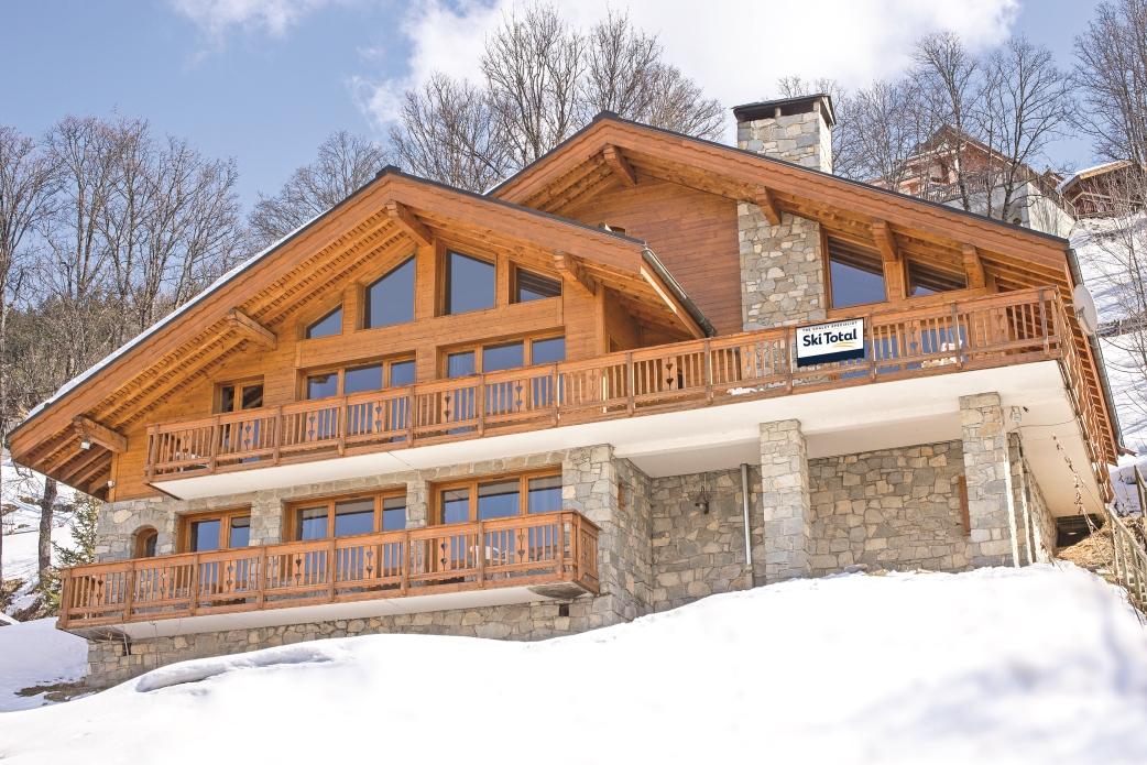 Ski Total   Exterior of the chalet Chardon