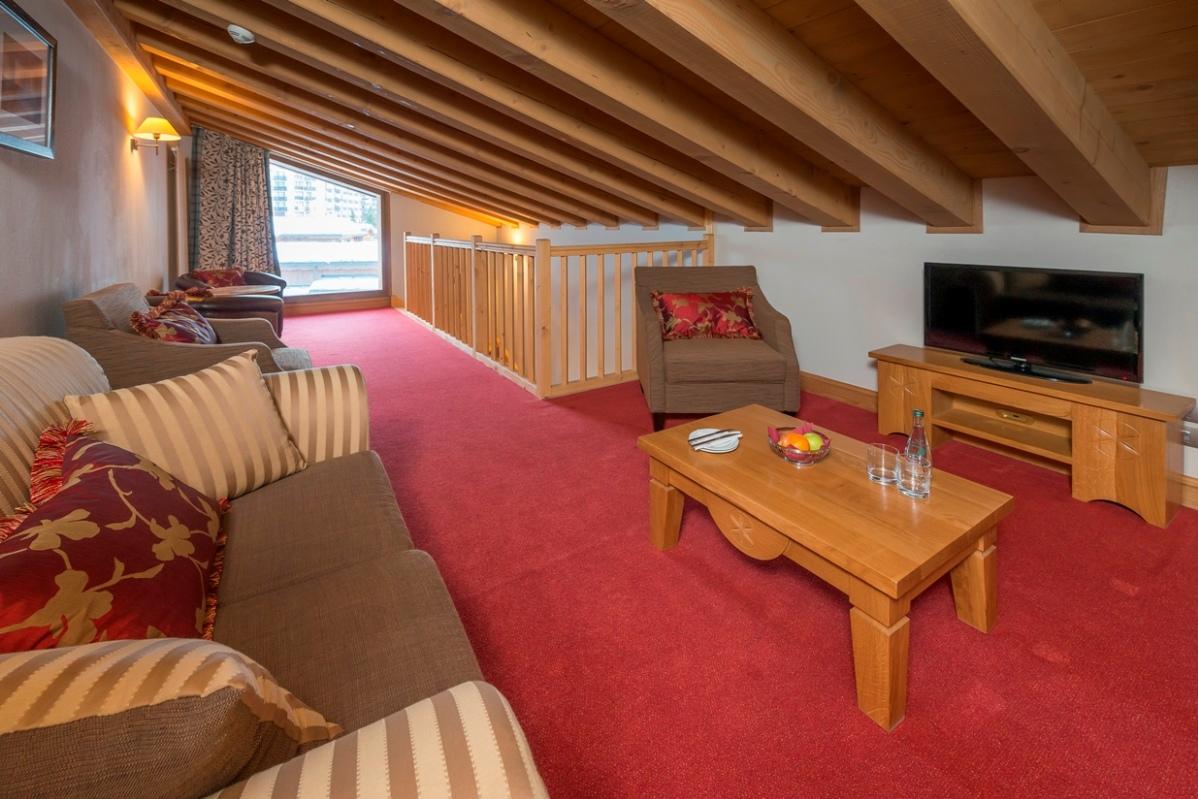 Ski Total   Deluxe Mezzanine Room 506 Upper Floor