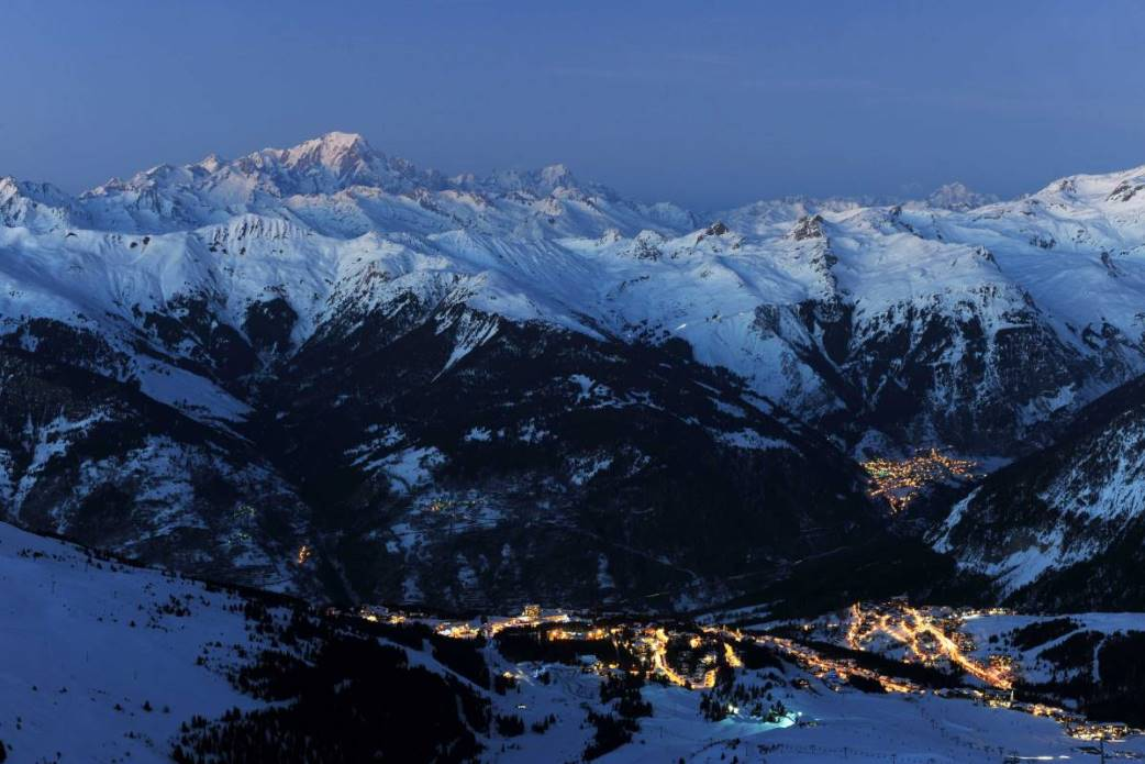 Ski Total | Courchevel at dawn