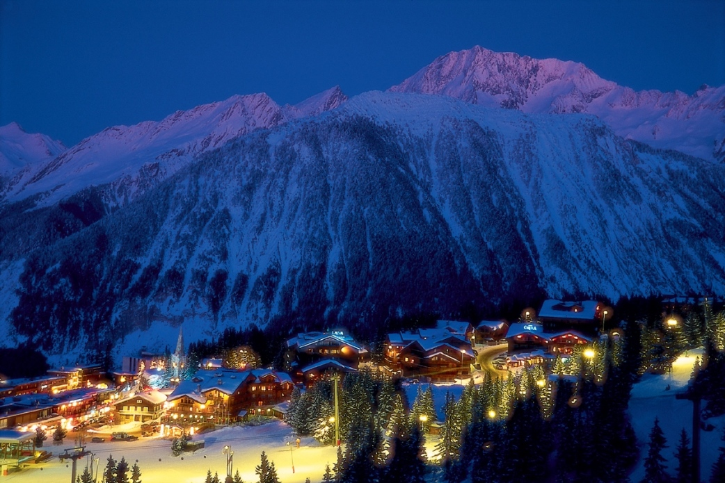 Ski Total | Courchevel in the evening