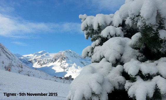 Snowing in Tignes