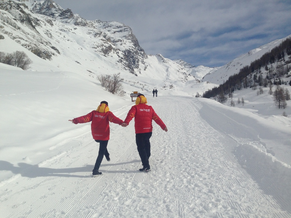 for val disere non skiers blog, walking up col diseran