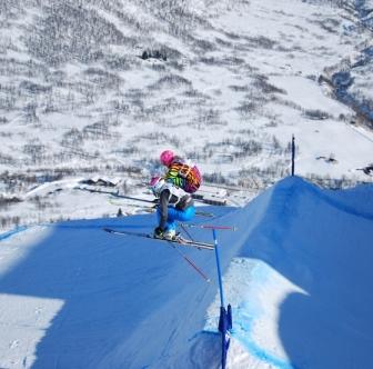 Ski Total | Emily Sarsfield racing