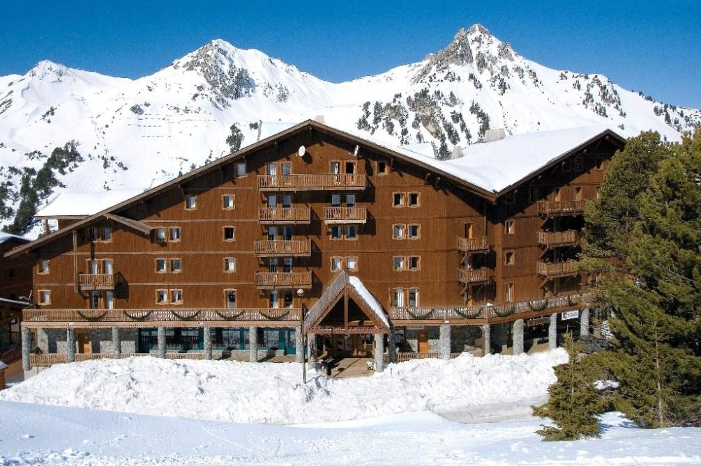Ski Total | The Altitude Residence exterior view