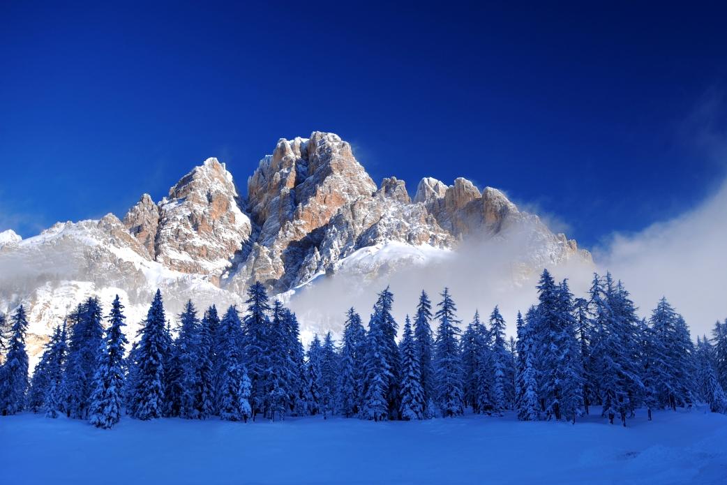 Ski Total | The Dolomite mountains