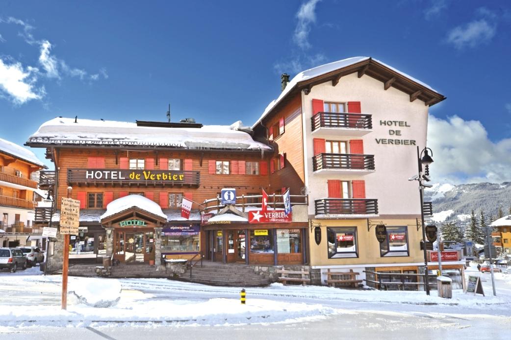 Ski Total   Exterior view of the Chalet De Verbier