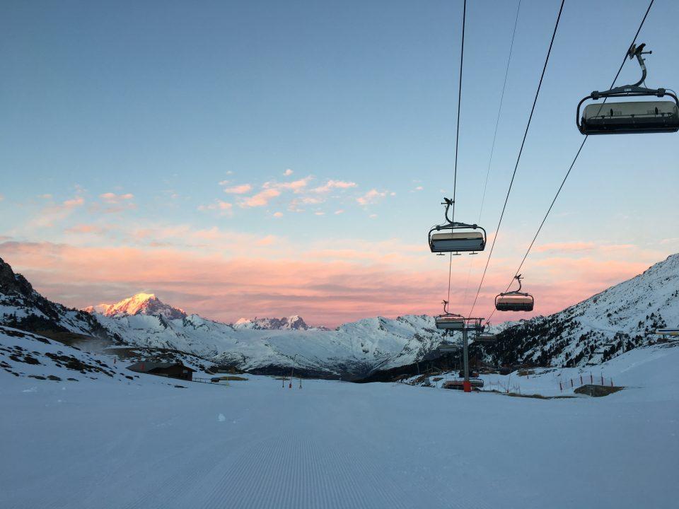 Ski Total   pink skies and perfect snow in Les Arcs
