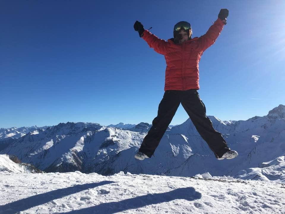 Ski Total | Jumping for joy at Palinkopf view