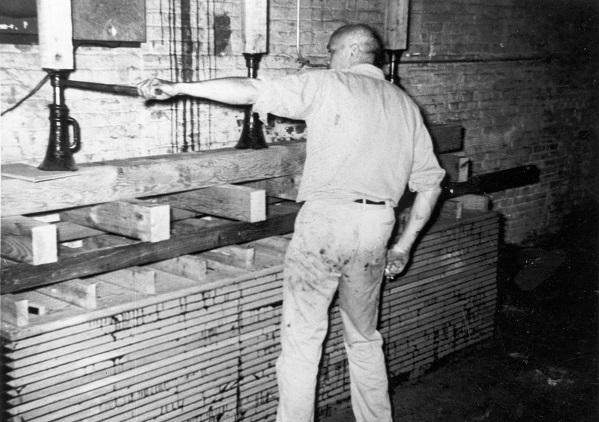 Ski Total | Howard Head at work in his ski factory in
